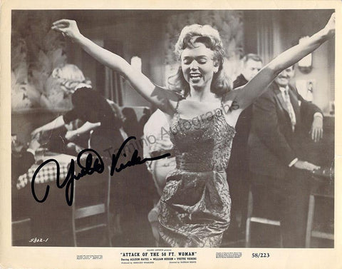 "Vickers, Yvette - Signed Photo in ""Attack of the 50 Foot Woman"""