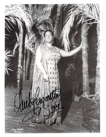 Cerquetti, Anita - Signed Photo as Aida - TaminoAutographs.com