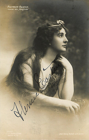 Easton, Florence - Signed Photo as Sieglinde - Tamino Autographs