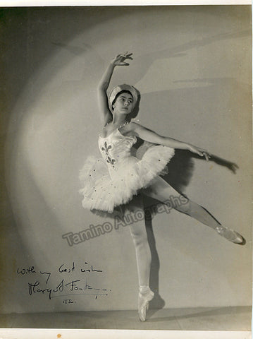 Fonteyn, Margot - Signed Photo in Performance - Tamino Autographs