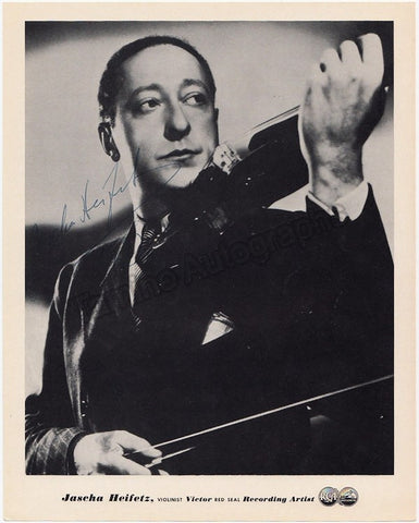 Heifetz, Jascha - Signed Photo with Violin