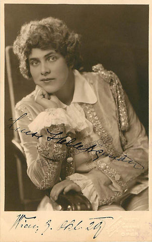 Luise Helletsgruber Signed Photo Postcard, Luise Helletsgruber Autographs, Luise Helletsgruber