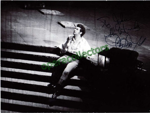 Domingo, Placido - Signed Photo as Cavaradossi - TaminoAutographs.com