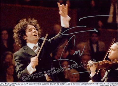 Dudamel, Gustavo - Signed Photo - TaminoAutographs.com