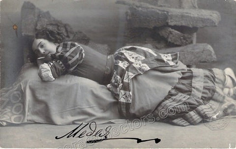 Figner, Medea - Signed Photo as Carmen - Tamino Autographs