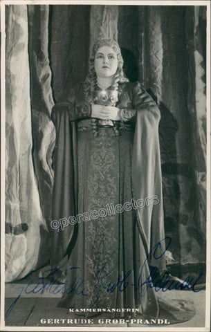 Grob-Prandl, Gertrude - Signed Photo as Isolde - Tamino Autographs