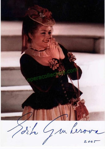 Gruberova, Edita - Signed Photo as Zerbinetta in Ariadne auf Naxos - TaminoAutographs.com