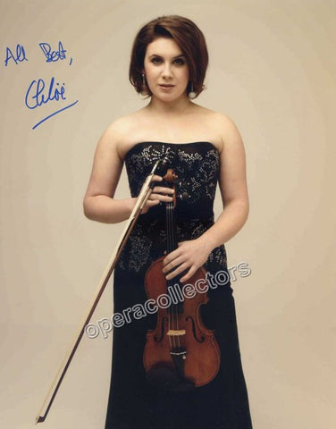 Hanslip, Chloe - Signed Photo with violin - Tamino Autographs