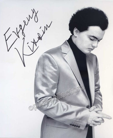 Kissin, Evgeny - Signed photo - TaminoAutographs.com