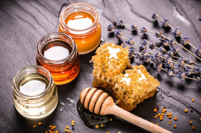 6 Therapeutic benefits of Honey for the elderly