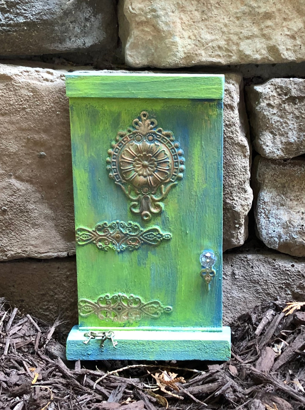 Fairy Door with Crystal Doorknob and Tiny Key