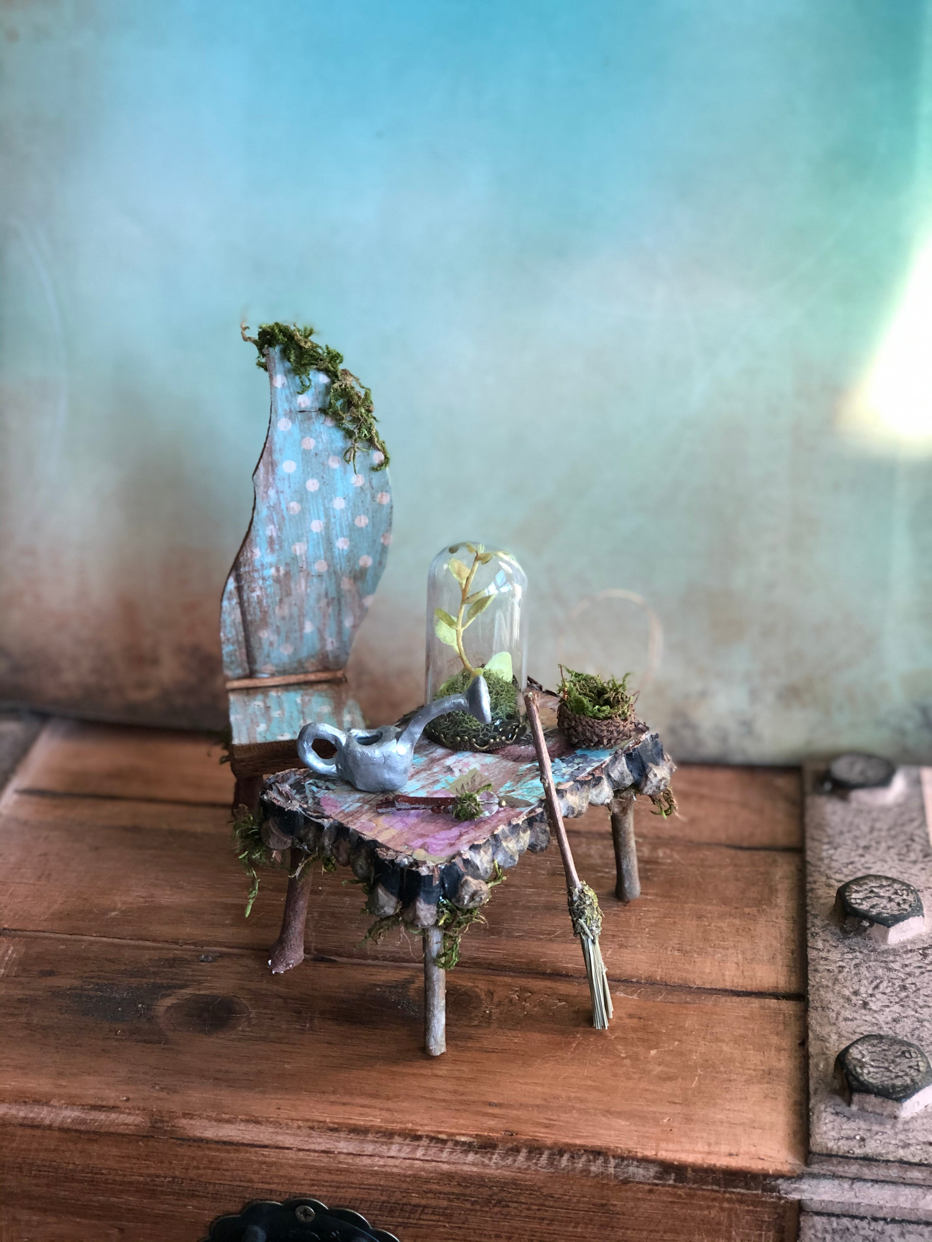 Fairy's Work Desk and Chair ~ All Accessories Included