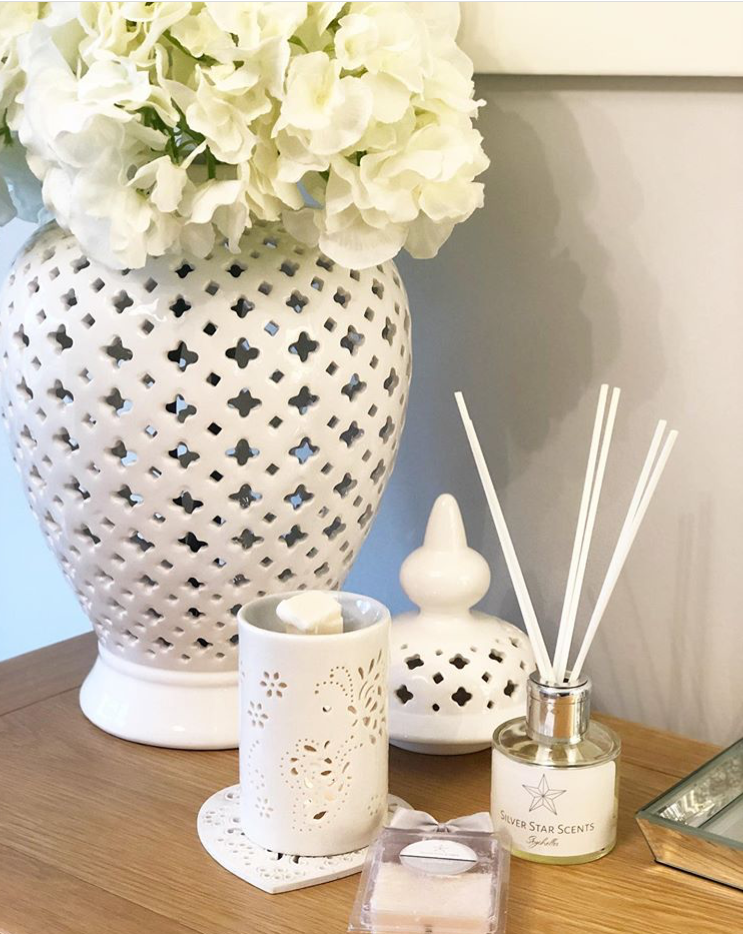 Inspired by Flower Bomb Classic Reed Diffuser 100ml