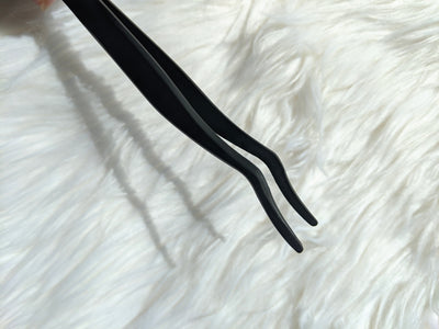 Black lashes Tweezers