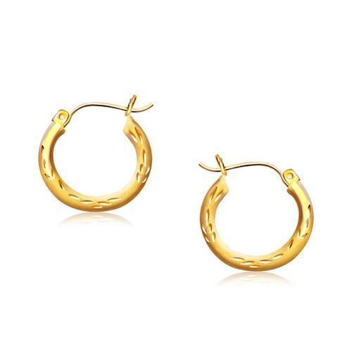 14k Yellow Gold Fancy Diamond Cut Hoop Earrings (5/8 inch Diameter)