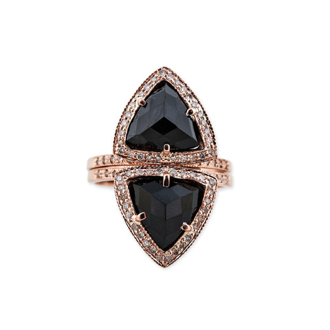 ONYX TRIANGLE PYRAMID STACK RING