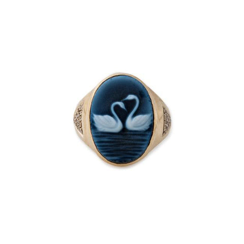 TWO SWANS CAMEO RING