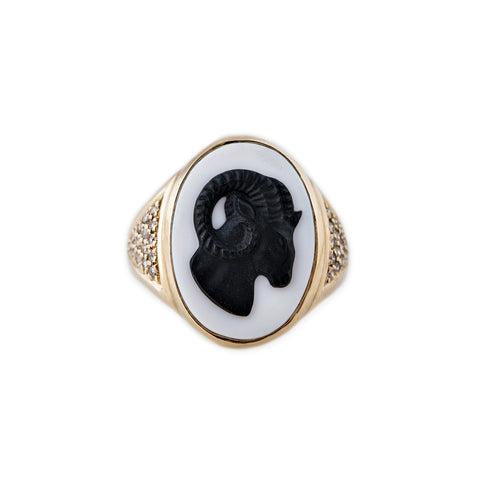 CARVED AGATE ARIES RAM CAMEO RING