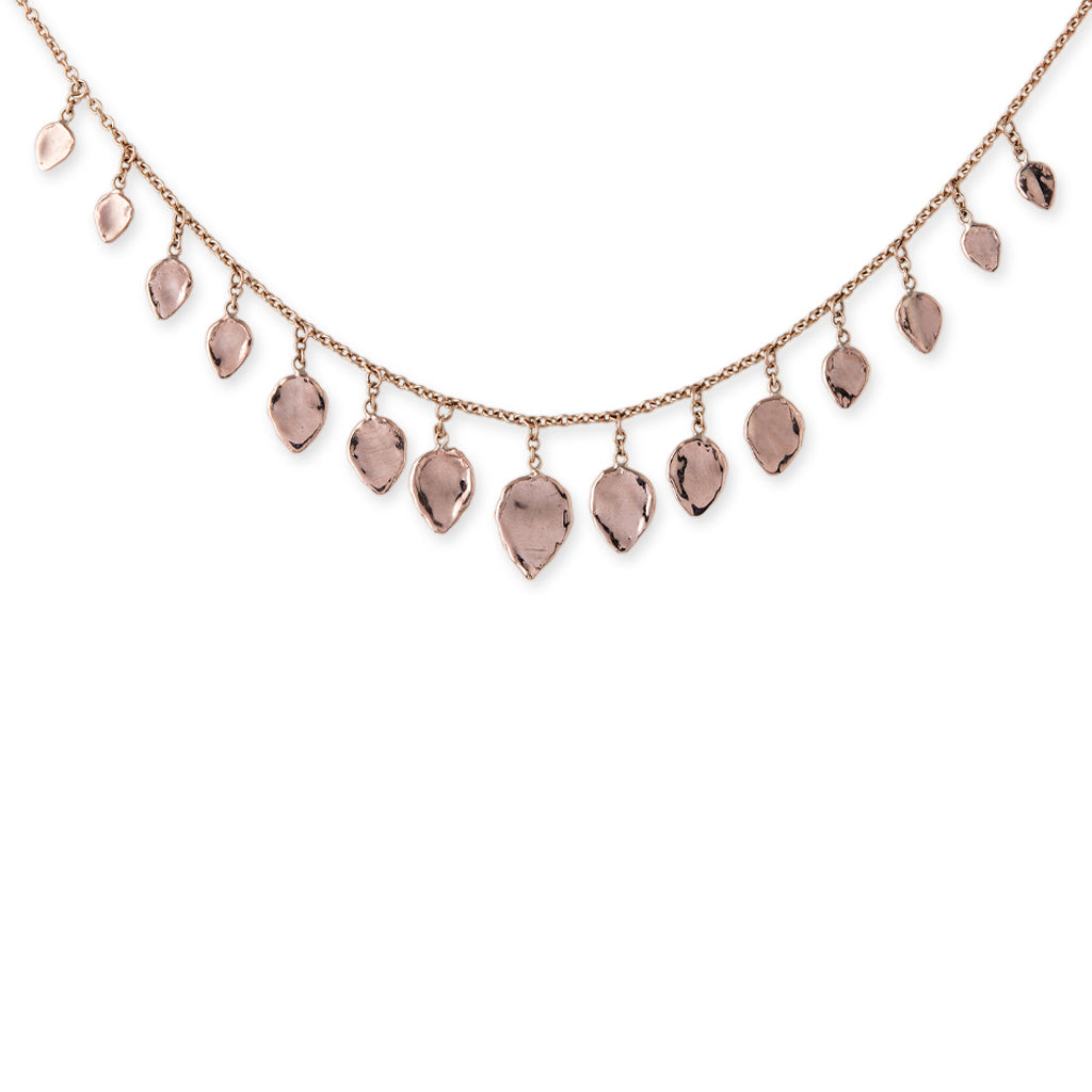 GRADUATED HAMMERED TEARDROP SHAKER NECKLACE