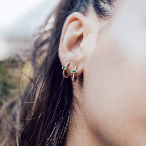 EMERALD BAGUETTE MINI HOOP EARRINGS