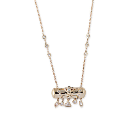 DIAMOND SHAPES BULLET NECKLACE