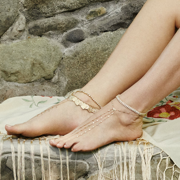 ANTIQUE COIN + TEARDROP SHAKER ANKLET