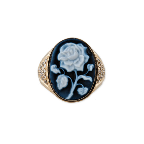 CARVED AGATE ROSE CAMEO RING