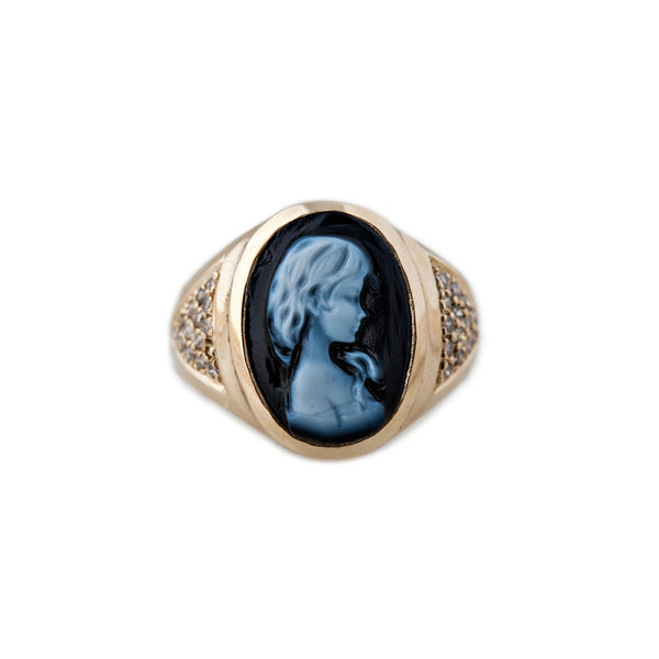 CARVED AGATE BLUE BROOKE CAMEO RING