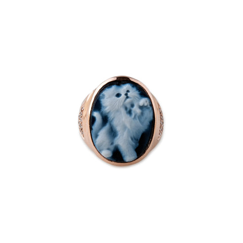 CARVED AGATE ZELDA KITTEN CAMEO RING