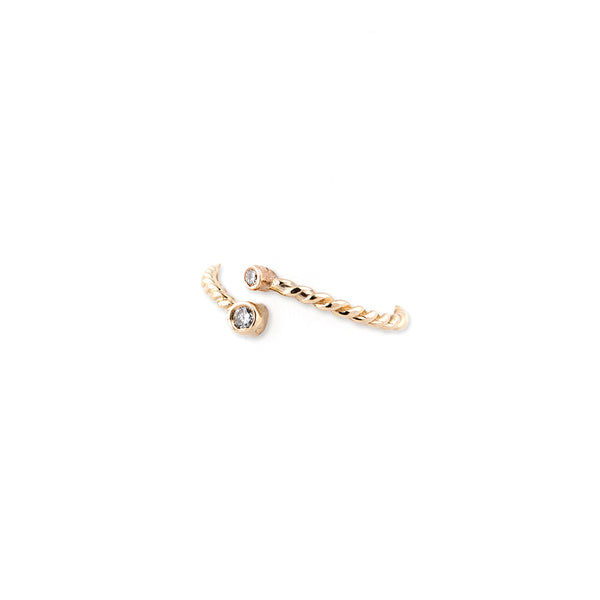 DOUBLE DIAMOND TWISTED WRAP WAIF RING
