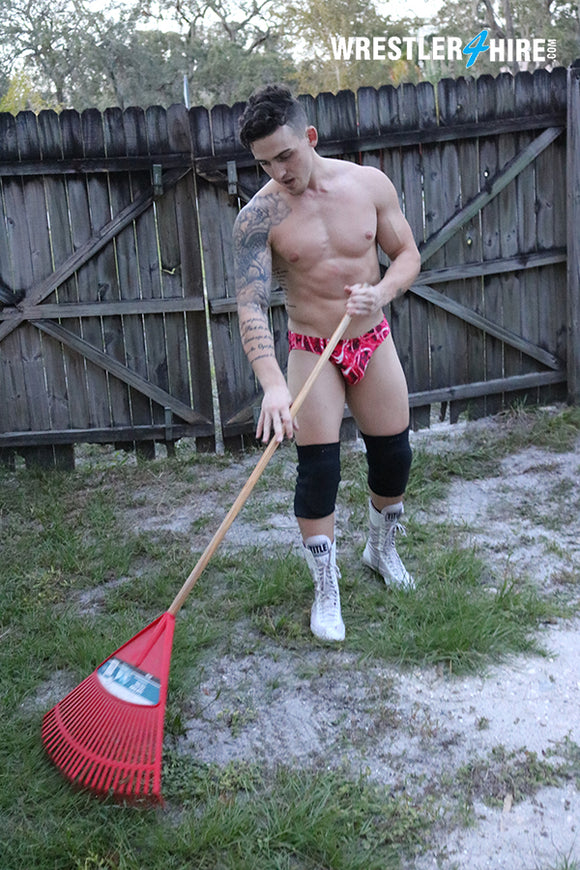 Marco Thunder vs. Guido Genatto (Loser Does Chores)