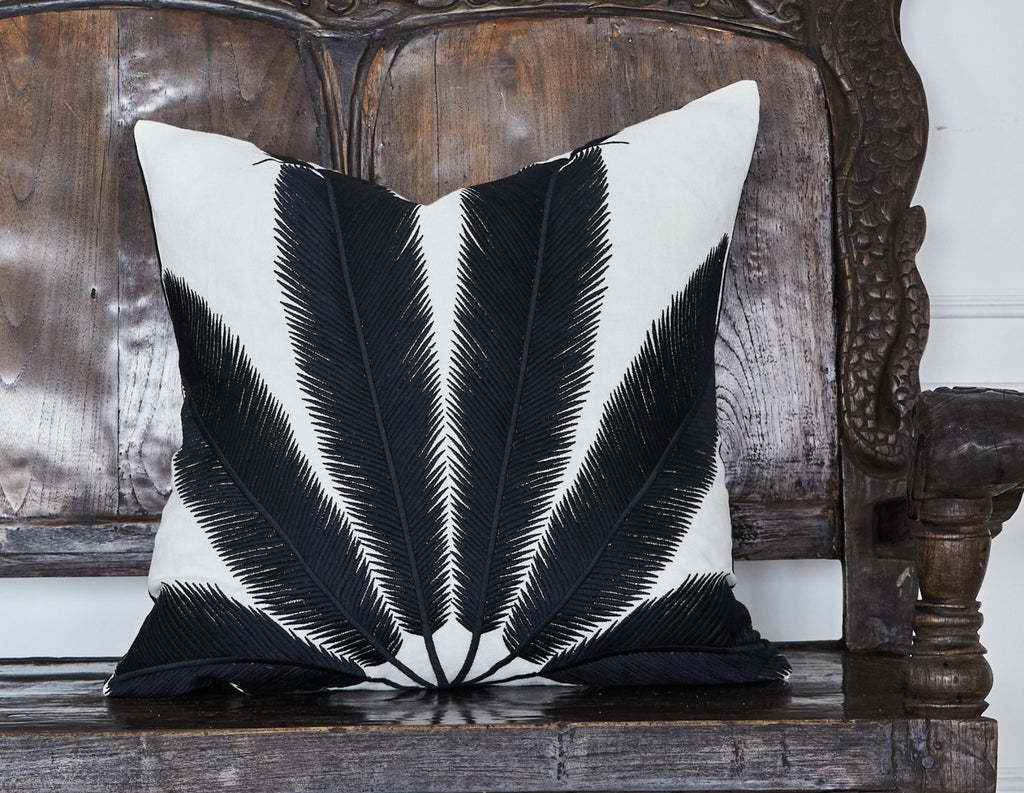 Cushion Palm embroidered 60x60