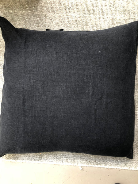 Cushion linen black 60x60