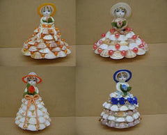 Figurines fille en coquillages