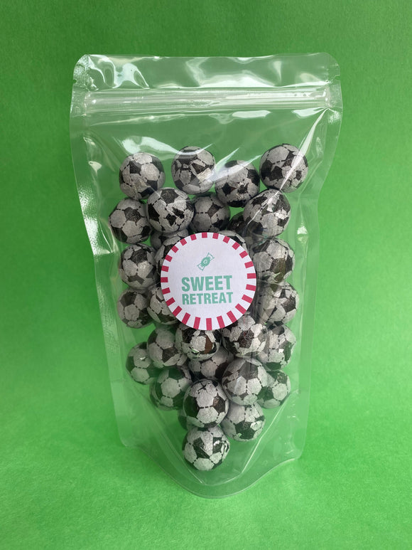 Milk Chocolate Footballs (200g)