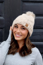Load image into Gallery viewer, Cable Knit Fleece Lined Hat