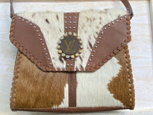 Load image into Gallery viewer, Faux hide crossbody purse