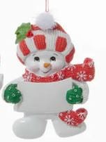 SNOW KID ORNAMENT - RED & WHITE KNIT HAT