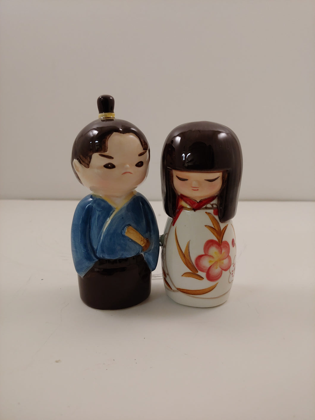 KOKESHI DOLL SALT & PEPPER SHAKER SET