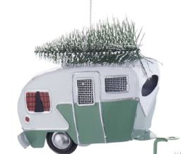 TIN CAMPER WITH TREE ORNAMENT - GREEN