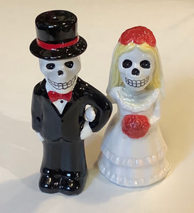 DAY OF THE DEAD BRIDE & GROOM SALT & PEPPER SHAKER SET