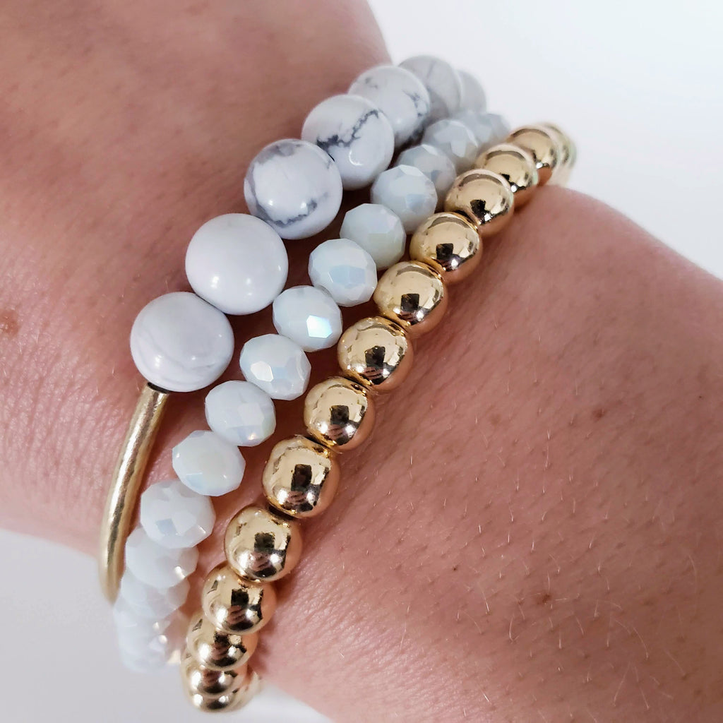 The Baltra Bracelet | Howlite with Gold Tube Accent