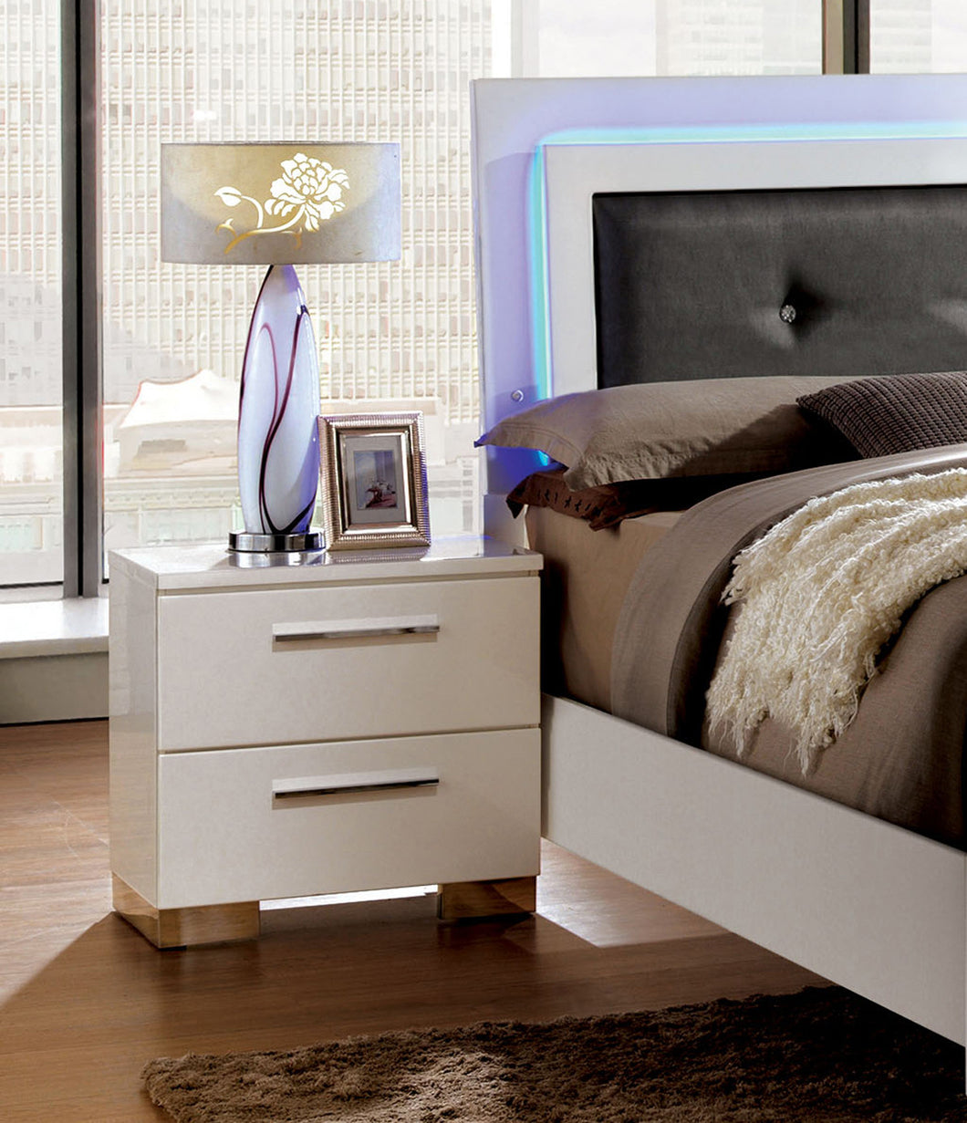 Janette Contemporary White Nightstand