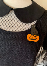 Load image into Gallery viewer, Black Cat Jack 'O' Lantern Brooch