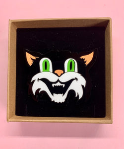 collecatable acrylic cat brooch
