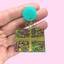 Load image into Gallery viewer, Sparkly Christmas Present Earrings