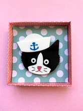 Load image into Gallery viewer, Sailor Cat Brooch