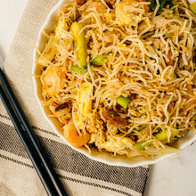 Load image into Gallery viewer, BBQ Pork & Shrimp Fried Vermicelli