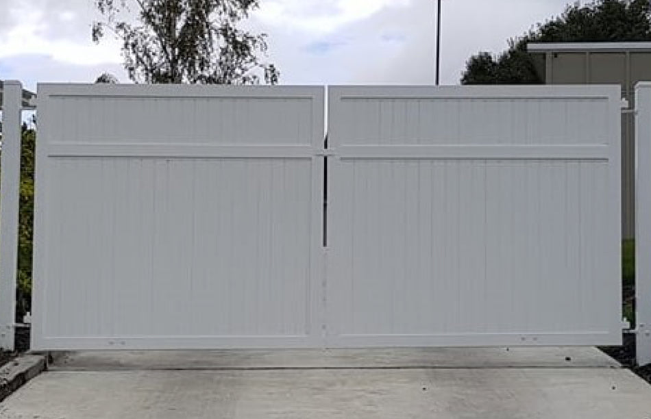 Grand Gates - Totara - Manual and Automatic Electric Driveway Gates