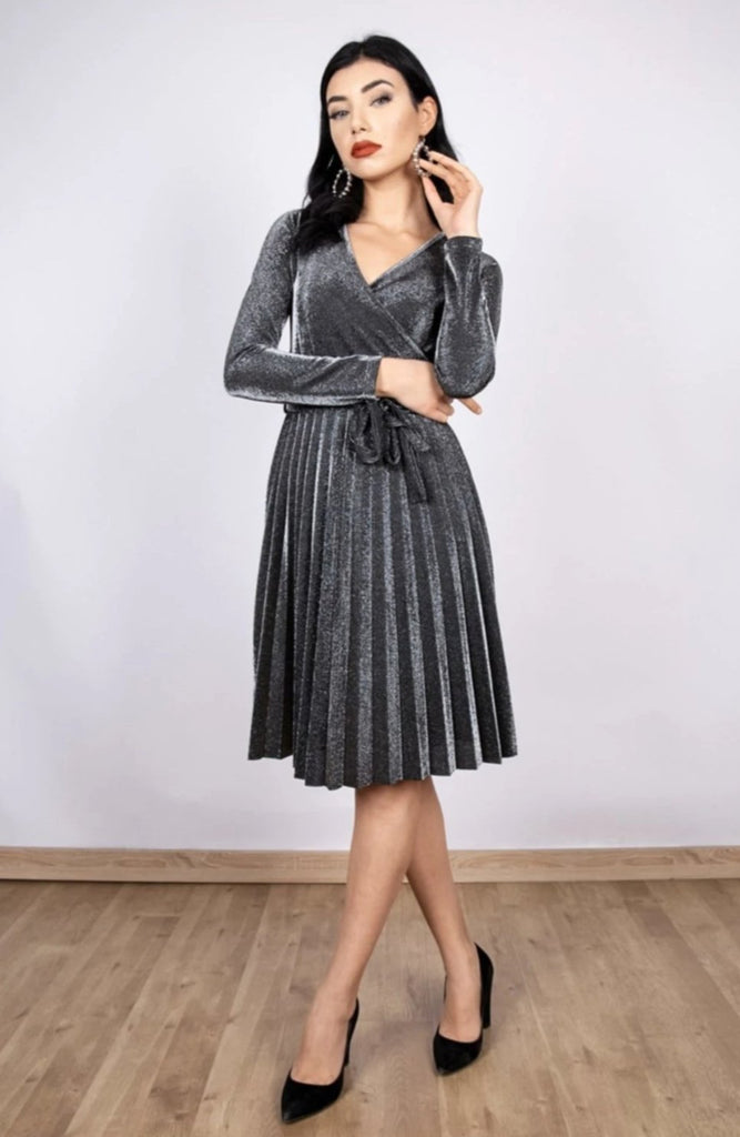Gray V-Neck Long Sleeve Pleated Skirt Dress TKELB5220